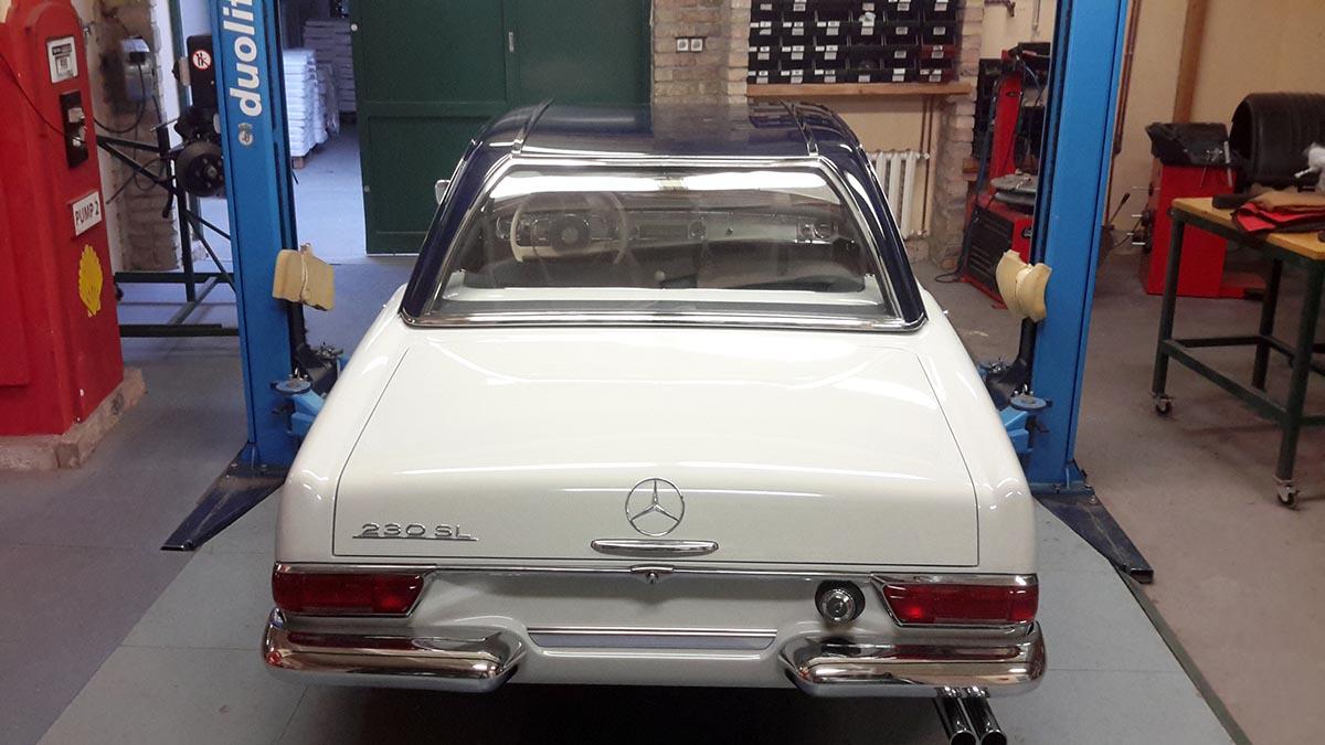 Kemény tető Mercedes W113 Pagoda 230 SL fehér (1963)