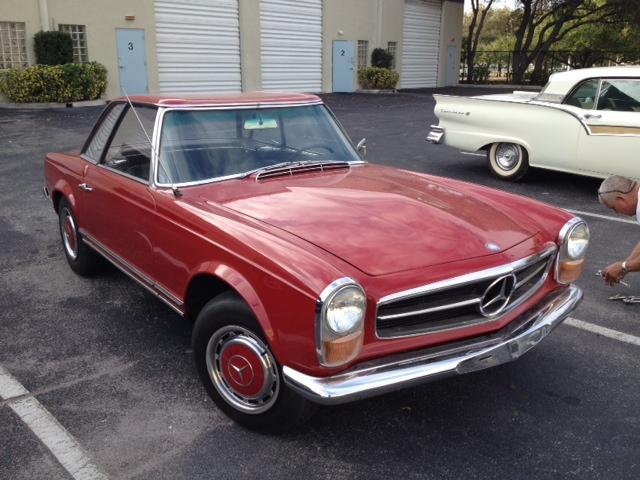 Mercedes 230 SL W 113 Pagoda piros (1964)
