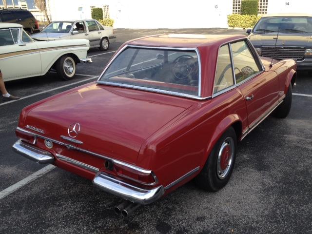 Mercedes 230 SL W113 Pagoda piros (1964)