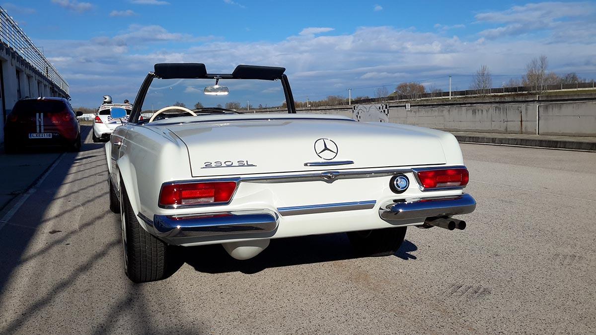 Mercedes W 113 Pagoda 230 SL fehér (1963)