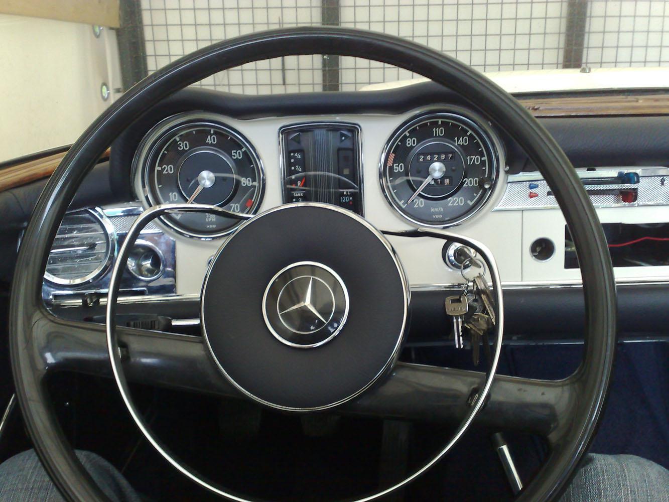Mercedes 230 SL W113, Pagoda